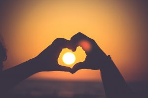 hand-hearts